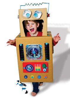 Robot Costumes: Have you come up with your crazy costume for this Halloween? Why not a robot! Make a big entrance to this year's Halloween party with one of these costumes. Cardboard Robot, Cardboard Costume, Cardboard Crafts, Cardboard Playhouse, Cardboard Furniture, Robot Halloween Costume, Robot Costumes, Diy Costumes, Kids Crafts