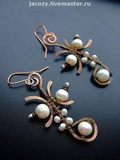 Earrings |