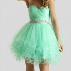 Short Tulle Homecoming Dresses Sweetheart Neck Crystals Beaded Party Dresses