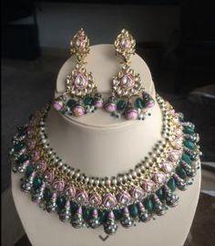 Indian Wedding Jewelry - Pink and Green Vintage Jewelry Set | Pink and Green Bridal Set with Meenakari work, Kundan jadau and pearl beads. #wedmegood #jewelry #kundan #polki #meenakari