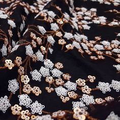 These white and copper floral sequins are dying to be made into a gala-worthy gown! What silhouette would you create with item #117264?  #fabric #fabricshopping #moodfabrics #mood #fashion #instafashion #lovetosew #sewing #fashiondesign #fall #autumn #winter #inspiration #trends #highfashion #eveningwear #formal #gown #luxury #garmentdistrict #designer #style #sequins #metallic #floral #flowers