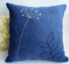 Sukan / 1 Linen Pillow Covers Navy Blue - hand embroidered pillow - cushion covers - decorative throw pillows - pillows by cristina Cushion Embroidery, Sashiko Embroidery, Embroidered Cushions, Japanese Embroidery, Flower Embroidery, Sewing Pillows, Diy Pillows, Linen Pillows, Decorative Throw Pillows
