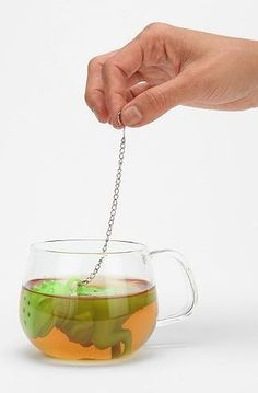 Housewarming Gifts: What To Buy For A New Homeowner For The Tea Lover There really isn't anything more satisfying than drinking your favourite cup of tea ... with a dinosaur looking back at you. Tea Rex Loose Tea Strainer, $14, Urban Outfitters