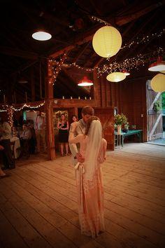 A nice barn wedding. So pretty