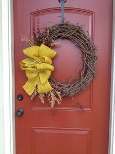 DIY fall wreath - Pretty burlap gathered bow.