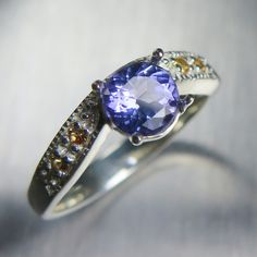 0.85cts Natural Purple Blue Tanzanite &yellow sapphires 925 sterling Silver ring £126.00