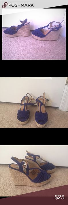 Steve Madden size 6 wedges Fun and fabulous Steve Madden size 6 blue wedges for sale Steve Madden Shoes Wedges