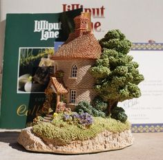 Lilliput Lane Tea Caddy Cottage with deeds by vladamikdesigns, $25.00