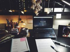 Find images and videos about book, motivation and school on We Heart It - the app to get lost in what you love. Home Study, Study Desk, Study Space, Work Motivation, School Motivation, Custom Writing, Study Hard, Student Life, Student Photo