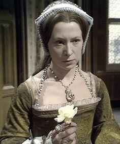 TBT: The Six Wives of Henry VIII (1970) – Wives Of Henry Viii, Tudor Fashion, Jane Seymour, Tudor History, Renaissance Fair, Anne Boleyn, Historical Costume, Frocks, Portrait