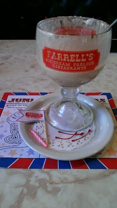 Farrell's Ice Cream Parlour With the screaming music and waiters racing around like they're carrying someone on a stretcher as they deliver monster buckets of ice cream. As a kid, this was such an exciting place to be. Farrell's Ice Cream, Classic Restaurant, Citrus Heights, Christmas Barbie, Candy Crafts, Great Restaurants, Ice Cream Recipes, The Good Old Days, Childhood Memories