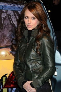 2905eda64 Jennifer Love Hewitt is a Deep Autumn Color Me Beautiful