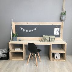 Speeltafel Ollie Kids Table With Storage, Kids Table And Chairs, Kid Table, Play Table, Childrens Desk And Chair, Modern Playroom, Desk In Living Room, Kids Bedroom Designs, Workspace Inspiration