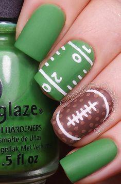 Football Nail Designs, Football Nail Art, Football Design, Black Nail Designs, Best Nail Art Designs, Toe Nail Designs, Nails Design, Green Nail Art, Green Nails