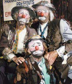 World's most famous clown Emmett Kelly Clown, Famous Clowns, Laugh Now Cry Later, Pierrot, Clown Faces, Send In The Clowns, Clowning Around, Circus Clown, Clown Makeup