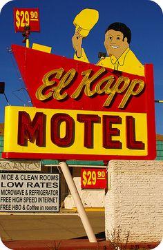 El Kapp Motel by KodasTotems Old Neon Signs, Vintage Neon Signs, Old Signs, Advertising Signs, Vintage Advertisements, Vintage Ads, Restaurant Signs, Vintage Hotels, Neon Nights