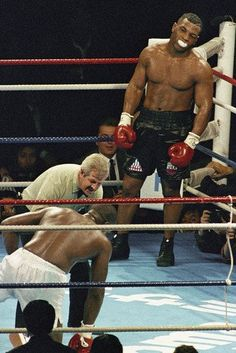 Mike Tyson boxing legend in the ring fight Poster Boxe Mma, Boxe Fight, Mike Tyson Boxing, Arte Do Hip Hop, Hip Hop Art, Boxing Images, Michael Jordan Pictures, Mode Hip Hop, Ufc Boxing