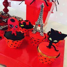 São fofosssssss!!! #ateliêdefofurices #fofuricesdaritoca #cookies #ladybugcake #festaladybug #ladybugandcatnoir