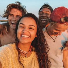 """5 Reasons to Watch """"Outer Banks"""" on Netflix 