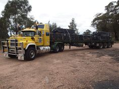 Karl Walters' beautiful 1986 Mack R688RST Mack Trucks, Rigs, Classic, Model, Pictures, Beautiful, Derby, Photos, Wedges