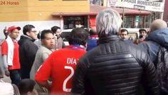 El incómodo cruce de hinchadas que calentó la previa del Bolivia-Chile en La Paz