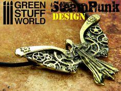 Pendentif Steampunk ANGE DÉCHU  roues par GreenStuffWorld sur Etsy