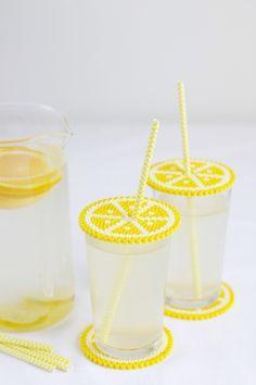 DIY: Untersetzer und Getränkeschutzdeckel aus Bügelperlen | we love handmade