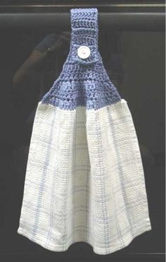 Picture of Free Basic Towel Topper Pattern