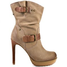 Step on old  trends and grab this updated bootie from Jessica Simpson.  Valla features a beige suede upper with glossy decorative buckles.  A 4 1/2 inch heel and 1 inch platform complete this adorable ankle boot.