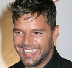 Ricky Martin- Es Nuestro Boricua de lujo!