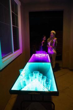 Infinity-Glow-Beer-Pong-Party-Table (7)