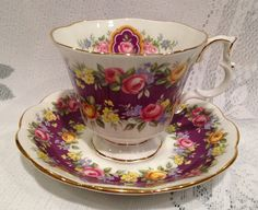 English Vintage ROYAL ALBERT Fine Bone China Tea Cup & Saucer - Garland Series - Radiance