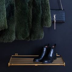 Buy your Maze shoe shelf from Maze at Nordic Nest.