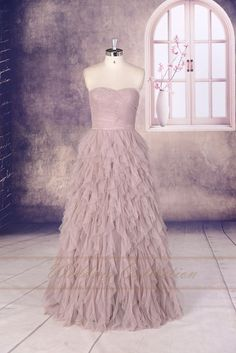 Chic & Dramatic Layered Tulle Prom by Weddingcollection on Etsy