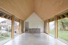 Since 1998 the Web Atlas of Contemporary Architecture Modern Barn House, Timber House, Minimal House Design, Plywood Interior, Industrial House, House Goals, House In The Woods, Future House, Interior Architecture