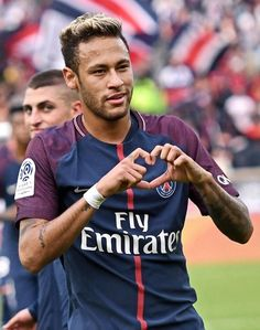 Once again in a PSG shirt, Neymar terrorised the opposition in an easy win Neymar Football, Messi Soccer, Real Madrid League, Neymar Images, Play Soccer, Solo Soccer, Soccer Sports, Soccer Tips, Nike Soccer
