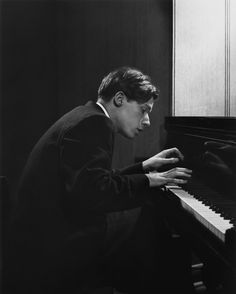 """""""I believe in God — Bach's God. Piano Photography, Dark Photography, Portrait Photography, Glen Gould, Yousuf Karsh, Zine, Piano Man, Music Mood, Music Images"""