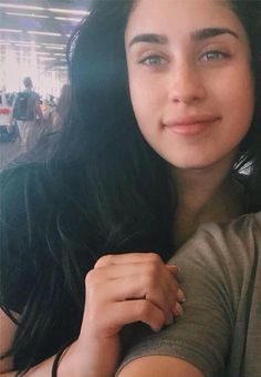 LAUREN WITH NO MAKEUP IS MY FAV THING EVER, SHE'S PERFECT, HER EYES, HER EYEBROWS, HER NOSE, HER LIPS, MY BEAUTIFUL BABY