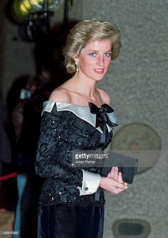 Diana Princess of Wales attends a Concert, at The Barbican in London, on September 1989 in London, United Kingdom. Get premium, high resolution news photos at Getty Images Lady Diana Spencer, Princess Diana Fashion, Princess Diana Pictures, Royal Princess, Princess Of Wales, Duke And Duchess, Duchess Of Cambridge, Diane, Queen Of Hearts