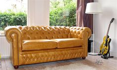 Thanks to a copy of House Beautiful I picked up last fall, this is now my dream sofa which I will probably never have :( but I can dream...