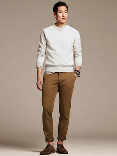 Banana Republic Unveils Simple Smart Styles for Pre-Fall 2014