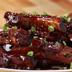 Deep-Fried Sticky Ribs - Recipes, tips and everything related to cooking for any level of chef. I Love Food, Good Food, Yummy Food, Tasty Videos, Food Videos, Pork Recipes, Cooking Recipes, Asian Food Recipes, Easy Chinese Recipes