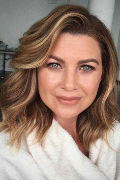Ellen Pompeo my favorite look! Short Hairstyles For Women, Bob Hairstyles, Medium Haircuts For Women, Woman Hairstyles, Pixie Haircuts, Latest Hairstyles, Natural Hair Styles, Short Hair Styles, Hair Trends