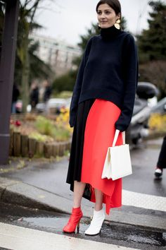 Color Blocking - 60 Outfit Ideas From Paris Fashion Week's Street Style - Photos