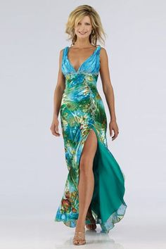 Trendy Wedding Guest Outfit Beach The Bride Mob Dresses, Beach Dresses, Fashion Dresses, Summer Dresses, Dress Beach, Wedding Sundress, Wedding Dresses, Bride Dresses, Patterned Bridesmaid Dresses