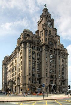 Uk city - The Liver Building, ~ Scousers will tell you that if the Liver Birds fly away, Liverpool will sink into the River Mersey. Liverpool England, Liverpool Docks, Liverpool History, Liverpool Home, England Ireland, England Uk, London England, Travel England, Famous Buildings