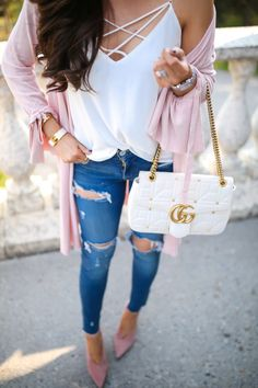 fall fashion 2017 - what to wear with pink cardigan - white gucci bag