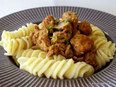 Savori Urbane | Porc cu ciuperci si curry la slow cooker (Diana) | http://savoriurbane.com