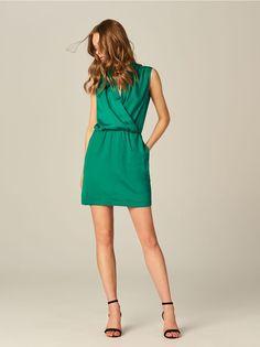b01e87f0cb1 Wrap dress with pockets - green - 1