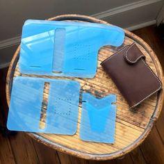 Vertical Snap Wallet Acrylic Template Set Leather Wallet Pattern, Handmade Leather Wallet, Leather Clutch, Leather Art, Leather Tooling, Leather Carving, Leather Holster, Leather Projects, Clutch Wallet